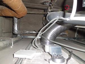 雑排水配管の通気とつながっていた